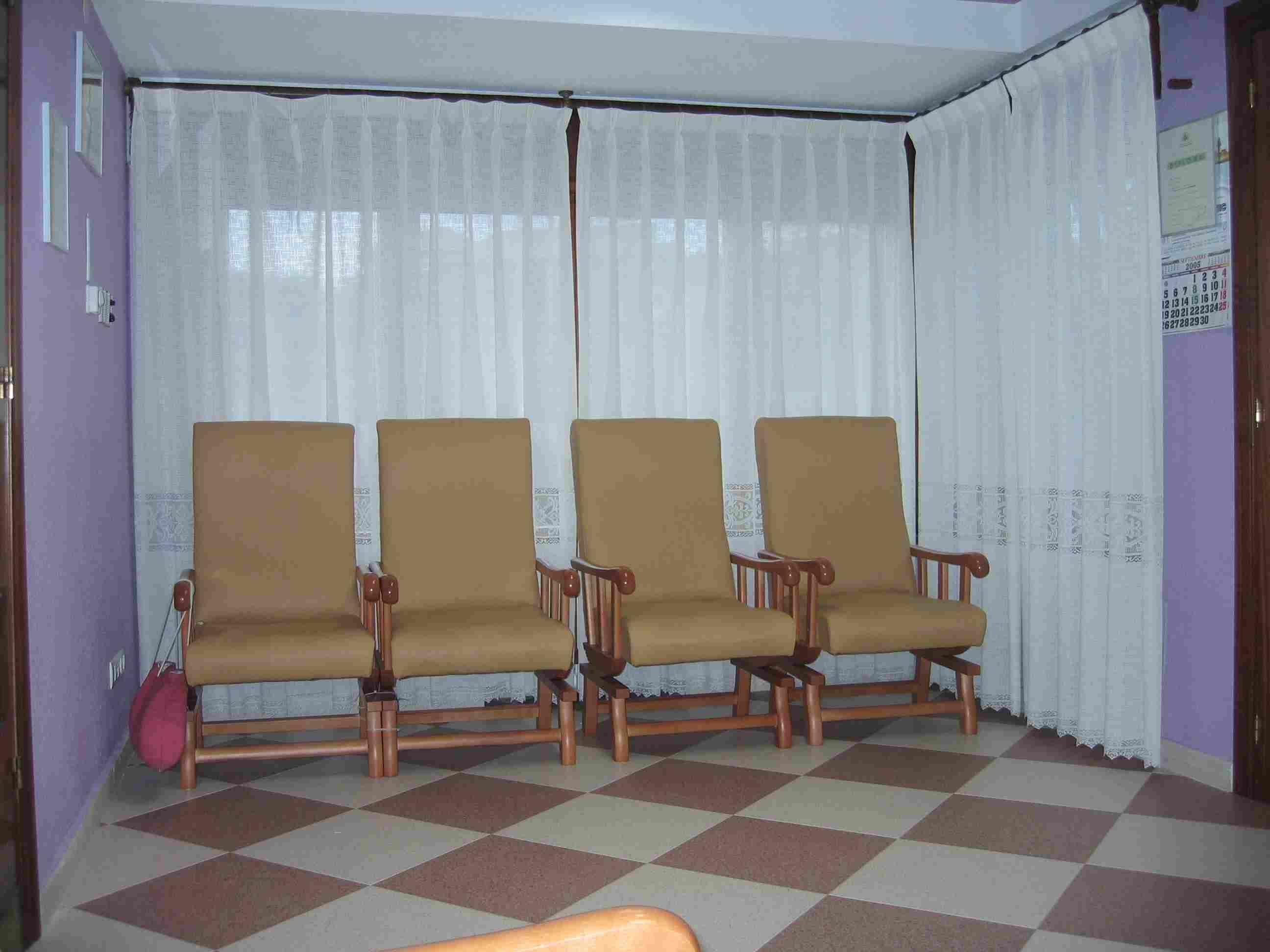 Instalaciones 2005 en el rinconin for Mobiliario ergonomico