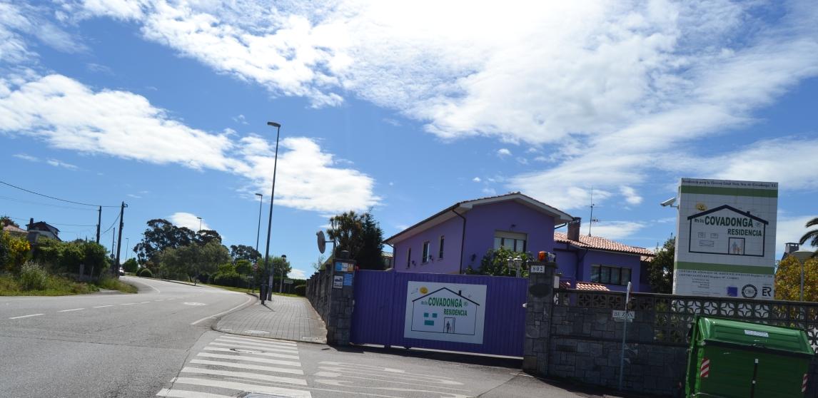 _ RESIDENCIA COVADONGA ®.COM Gijón Tf: 985 33 33 23 Residencia ...